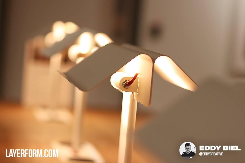 wework-hotdesk-lighting2